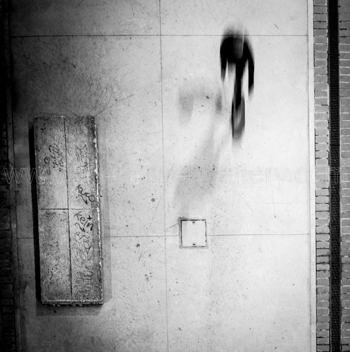 Max Angeloni - Going around 02
